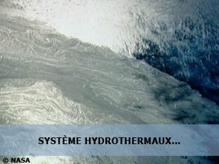 Systèmes hydrothermaux et sédiments Archéens : traces des premiers océans et des premières matières organiques