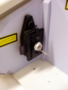 Porte échantillon du spectromètre infrarouge