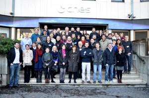 Photographie de groupe lors de la conférence nationale Exobiologie Jeunes Chercheurs : 19-21 novembre 2013 au siège de CNES, Paris.