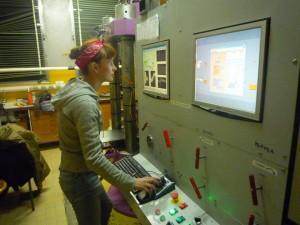 Chauffage d'un echantillon dans une presse multi-enclume