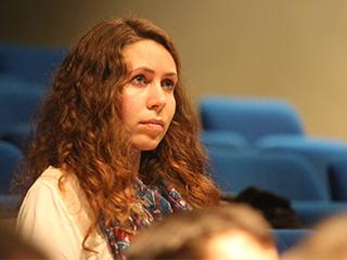 Anaïs Bardyn, doctorante au LISA et au LPC2E